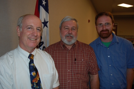 Douglas W. Tallamy (left) with Ray Erikson, president of the Arkansas Native Plant Society, and board member Theo Witsell (Photo by Buddy Johnson)